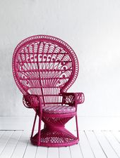 Peacock Chair in Fushcia #thedesignfiles