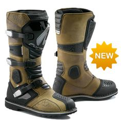 Designed to be the perfect boot for dual sport and adventure riding. Durability, increased protection and comfort make this boot a popular model. - 12 months WARRANTY when purchased in the USA - Guara