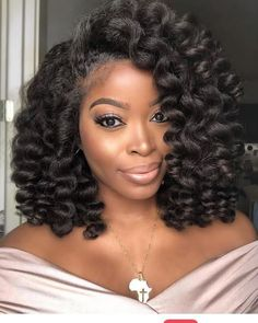 40 Short Crochet Hairstyles Light and breezy protective hairstyles that last for weeks! Check the most beautiful short crochet hairstyles for natural hair Cabello Afro Natural, Pelo Natural, Trending Hairstyles, Girl Hairstyles, Braided Hairstyles, Black Hairstyles, Short Crochet Braids Hairstyles, Curly Crochet Braids, Curly Crochet Hair Styles