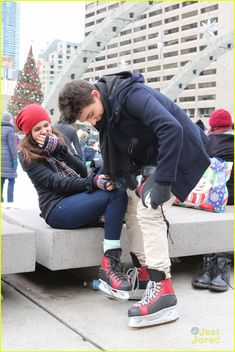 Bailee Madison & Rhys Matthew Bond Go Ice Skating in Toronto - See The Cute Pics!: Photo Bailee Madison falls into Rhys Matthew Bond's arms while ice skating at City Hall on Sunday afternoon (January in Toronto, Canada. Bailee Madison, Couple Goals Relationships, Relationship Goals, Winter Pictures, Couple Pictures, Cute Crush Quotes, Couple Photoshoot Poses, The Good Witch, Bae
