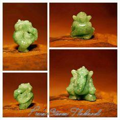 Apple #GreenJade #Ganesh #Amulet Type A #JadeiteJade Origin :  Burma / Myanmar Color :  Rare #applegreen Weight :  10.65 cts. Dimensions :  1.4cm x 1.4cm x 1.2cm  https://m.facebook.com/pimsstonesthailand/  #PimsStonesThailand #AmazingThailand #ForLuck #wholesale #retail #carving #figurine