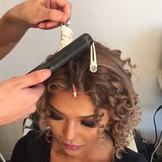 Glam makeover/pencil foil short curl tutorial.  @glamhairartist How to: Start with blow dried straight hair then use a wooden pencil and start wrapping the hair around the pencil after get a small piece of foil to lock the hair and put heat on it for a few seconds then take it out for a gorgeous curl then when all is done tease the hair upwards for volume and spray it to perfect. Make up by @seelincicek using Anastasia contour kit and completing the look by using Samantha lashes by @hud...