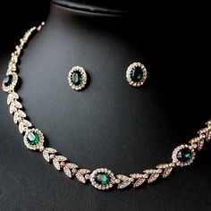 Fancy Golden Chokers Necklace-Stud Earrings