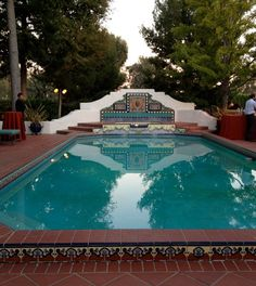 Tile detail of Spanish Colonial Revival pool. including reflection creates shape of a cross! Spanish Style Homes, Spanish Revival, Spanish House, Spanish Colonial, Spanish Exterior, Merida, Spanish Pool, Fachada Colonial, Pergola