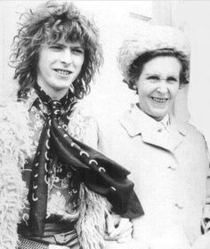 David Bowie is ...keeping Mum
