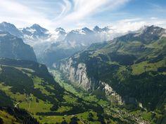 Overlooking the Lauterbrunnen Valley Switzerland from the peak of Männlichen [OC] [4032x3024]