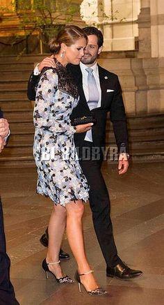 Фотографии Принцесса Мадлен | 73 альбома Prince Carl Philip, Princess Madeleine, Princess Sofia, Victoria, Royalty, Abs, Formal, Europe, Fashion