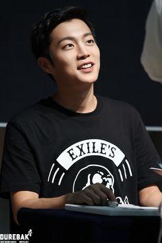 윤두준, Stop being so handsome...