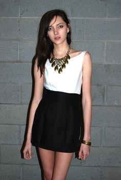 #fashion #nashville #white #blouse  www.melissatabor.com