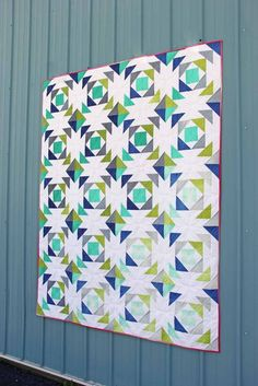 Fadeaway quilt pattern from V. & Co.