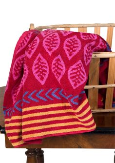 """""""Ingeborg"""" bath towel in eco-cotton Large soft bath towel in the """"Ingeborg"""" pattern. The perfect present, or perhaps the perfect gift to yourself, just to bring new color and energy into the bathroom. Available in three delightful colorways. Size: 39¼ x 63"""" Item number 59502 Price $ 58"""