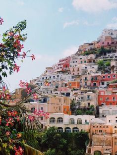 Spring in europe adventure travel, welt, amalfi coast, places to travel, tr Places To Travel, Travel Destinations, Places To Visit, Cinque Terre, Beautiful World, Beautiful Places, Beautiful Buildings, Greek Island Hopping, Travel Goals