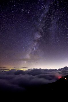 above the clouds 雲之上 (by Thunderbolt_TW)