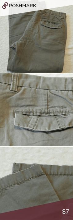 🌟$5 SALE🌟 Dockers Flat front, straight fit 36x30 Mens 36x30 Dockers Pants - Flat front, straight fit - 100% cotton 🌟$5 SALE🌟 check out my closet - many items dropped to $5 Dockers Pants Chinos & Khakis
