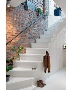 Love the brick wall 👍 via @homeadore_decor --- #architecture #stairs #staircase #brickwall #design #architect #interiordesign #interiors #interior #luxury #decor #decoration #homedecor #furniture #goals #inspiration #housegoals #interiordesigner #gorgeoushome #realestate #dreamhome #lifegoals