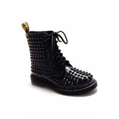 Riveted Black Martin Boots | pariscoming