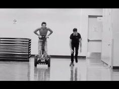 #AustinMahoneTour #TourLife Ep 9 Austin vs Shawn Mendes race & National ...