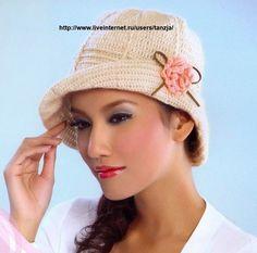 """Superbes chapeaux aux jolis bordures fleuries , trouvés sur le site de """" Liveinternet.ru/Tanza """" , avec ses grilles gratuites ! Clic sur les images pour agrandir les grilles ! Clic sur les images pour agrandir la grille ! Clic sur l'image pour agrandir..."""