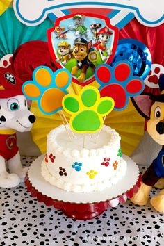 Paw Patrol Cake - DIY Your Cake in less than 10 minutes! Paw Patrol Party Cake DIY — make it in minutes! Bolo Do Paw Patrol, Torta Paw Patrol, Paw Patrol Cupcakes, Paw Patrol Cake Toppers, Cupcake Toppers, Paw Patrol Party Decorations, Table Decorations, Bolo Diy, Paw Patrol Birthday Theme