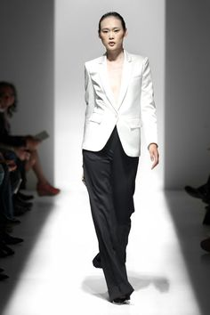 Pierre Balmain Spring 2013 Ready-to-Wear Collection Slideshow on Style.com