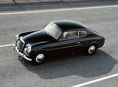 Lancia Aurelia The classic-ness of this car. Gorgeous
