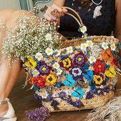 ✨☀ Peça de arte, única ! ❤❤❤❤ #VanessaMontoroStyle#VanessaMontoroCrochet#VanessaMontoroSummer#Authentic#HandMade#Crochet#FeitonoBrasil#MadeinBrazil#PositiveFashion#Timeless #FeitoporPessoas  via ✨ @padgram ✨(http://dl.padgram.com)