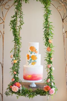 Beautiful hanging cake by Butter Cream Bake Shop on our Blog – Laura Hooper Calligraphy