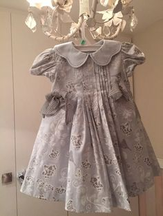 Dresses Kids Girl, Little Dresses, Pretty Dresses, Kids Outfits, Fashion Kids, Womens Fashion, Blueberry Compote, Kids Wear, Kids And Parenting