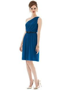Alfred Sung Style D652 http://www.dessy.com/dresses/bridesmaid/d652/