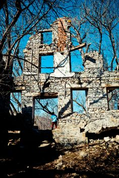German Old Woolen Mill Ruins, Glen Morris Morris Ontario, Mill Ruins Ontario, German Mill Ruins, Haunted Places, Abandoned Places, Oh The Places You'll Go, Places To Visit, Waterloo Ontario, Glen Park, Ontario Travel, Canadian Travel, Weekend Activities