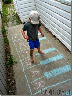 Summer Learning Ideas - Use a Chalk Piano to help kids learn piano notes. LOVE this idea!