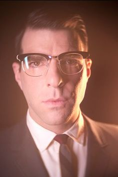 Zachary Quinto as Dr. Thredson in American Horror Story Asylum