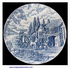 Prato em Porcelana Inglesa Royal Wessex. Lindo prato com Figura de Carruagem Inglesa. Tradicional Branco Pintado em Azul.  http://www.antiguidadesonline.com/porcelana/porcelana-wessex/index.php
