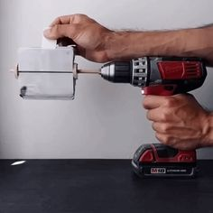 artist hacks a power drill to become a surprising stop-motion animation tool Animation Flipbook, Animation Tools, Artist Hacks, The Doodler, Still Frame, Cinemagraph, Cordless Drill, Stop Motion, How To Draw Hands