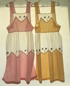 Vintage Aprons 1930s-1950s