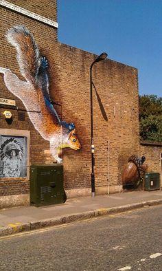Share your graffiti and Street Art here. Murals Street Art, Street Wall Art, Best Street Art, Amazing Street Art, Street Art Graffiti, Amazing Art, Awesome, Banksy, Street Installation