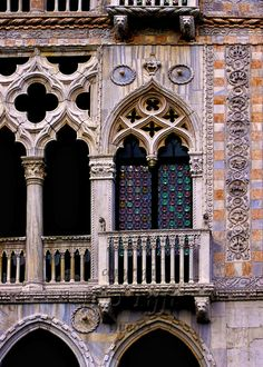 Venice, Ca d'Oro, facade detail of its exquisite Gothic ornament. Architecture Antique, Beautiful Architecture, Art And Architecture, Architecture Details, Venice Travel, Italy Travel, Rome Florence, Venice Painting, Facade Design