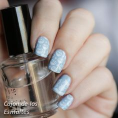 Nail art - Owl stamping  Essie - Meet the parents