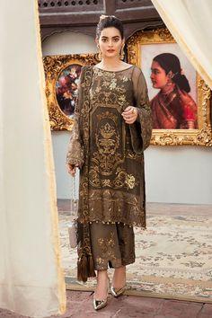 Pakistani Suit Grandeur Ecstasy Ramzan Eid Collection By Imrozia 702 Pakistani Party Wear Dresses, Pakistani Dress Design, Pakistani Suits, Indian Dresses, Indian Outfits, Kurti Pakistani, Punjabi Suits, Pakistani Fashion Casual, Indian Fashion