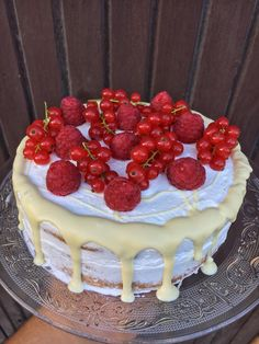 Cake by fari Tiramisu, Cheesecake, Ethnic Recipes, Food, Cheese Cakes, Eten, Tiramisu Cake, Cheesecakes, Meals