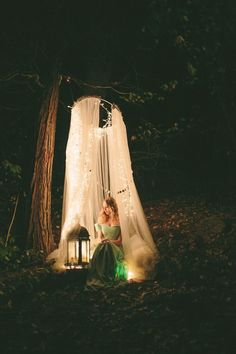 I think I want to put in a tucked-away spot like this at our wedding for us to have to ourselves now and again :)