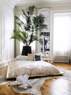 26 Interior Designs with Low Beds Interiorforlife.com Low gold bed!