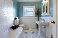 Small Bathroom Decorating Tips