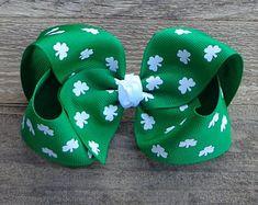 St Patrick's Day Hair Bow~Shamrock Hair Bow~Hair Bows~Large Hair Bow~Boutique Hair Bow~Basic Boutique Bows~Girls Hair Bows~Shamrock Bows~