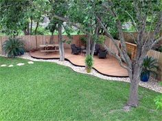 Hot Backyard Design Ideas to Try Now Tags: small backyard landscaping ideas, small backyard patio ideas, backyard ideas for kids, backyard ideas on a budget Backyard Seating, Small Backyard Landscaping, Modern Backyard, Backyard Designs, Oasis Backyard, Corner Landscaping Ideas, Corner Patio Ideas, Landscaping Tips, Dog Backyard