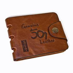 """Hei! Her er en veldig fin håndlaget  """"Bailini"""" lommebok. En skinn lommebok med god kvalitet Prisen er 230 kr. alt er inkludert.Gratis frakt."""