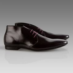 This three eyelet derby lace up shoe with high rise and opening is a new shape for winter which features an elongated last and chisel toe. They are fitted with rubber sole, creating a low profile...