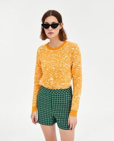 Image 2 of TROPICAL PRINT SWEATER from Zara