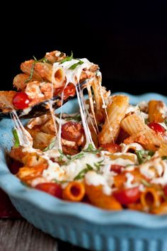 Grilled Chicken Caprese Pasta - this woman's recipes look amazing. must try!!