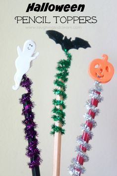 Simple to make Halloween pencil toppers - Laughing Kids Learn Halloween Activities For Kids, Creative Activities, Craft Activities, Halloween Kids, Halloween Pumpkins, Monster Activities, Alphabet Activities, Halloween Treats, Preschool Activities